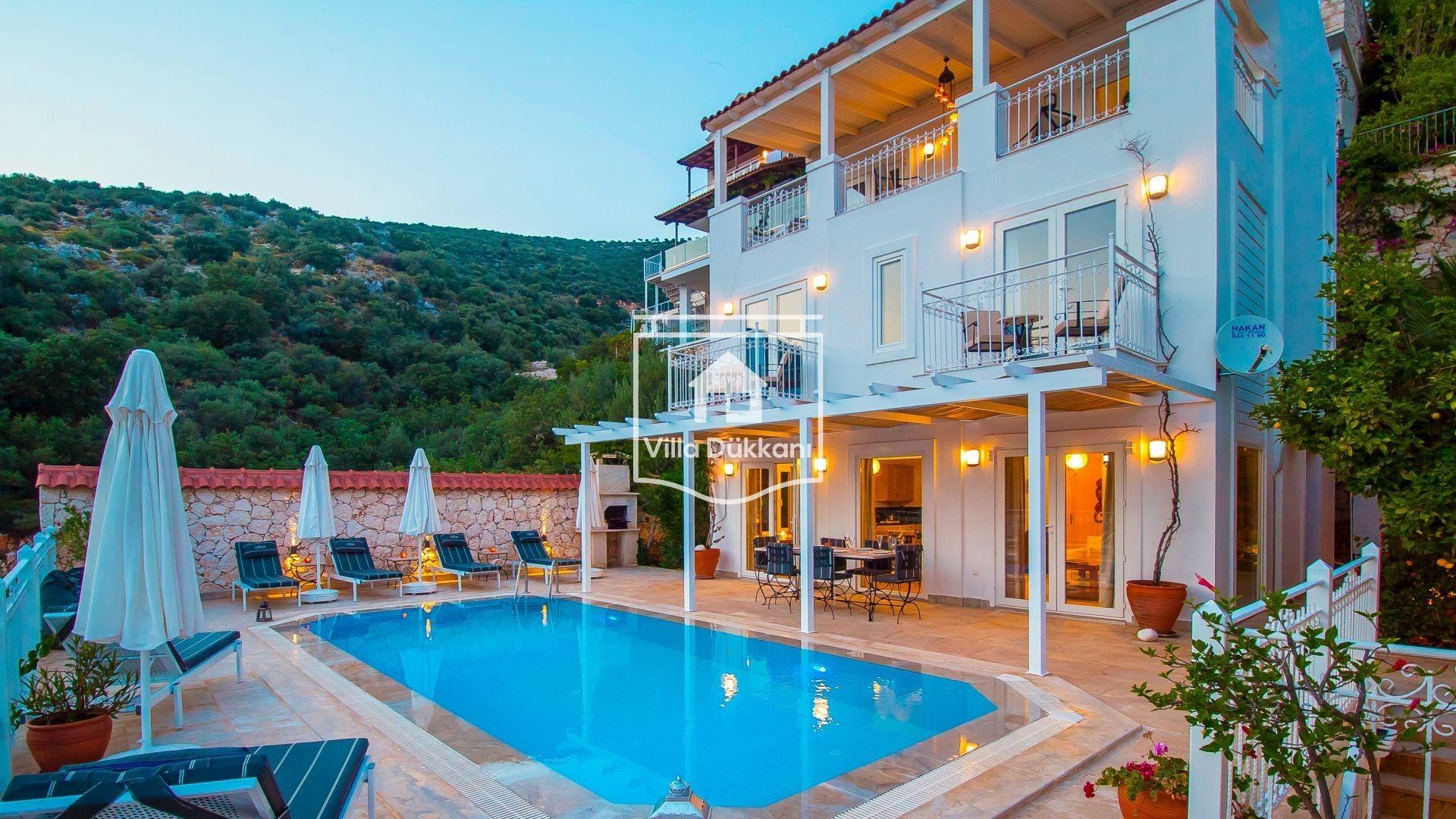 Marmaris'in En Güzel Noktalarında Kiralık Villalar