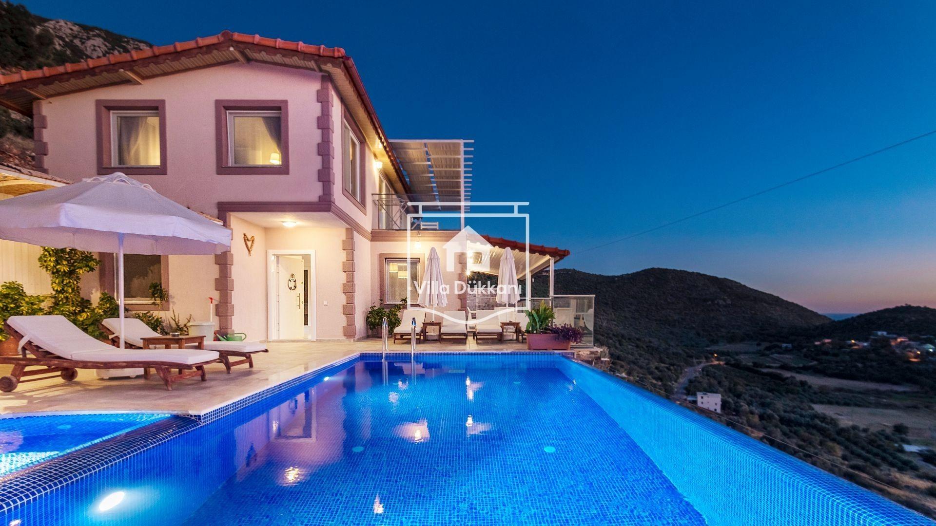 Tatil İçin Havuzlu Villaları Tercih Edin!
